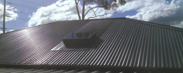 Velux FCM model and back tray.